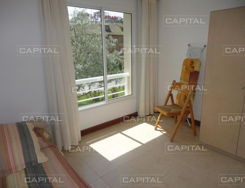 alquiler en punta del este apartamento tres dormitorios-ref:25008