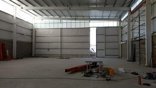 alquiler galpón de 560m² a estrenar - a 50m de colectora oes