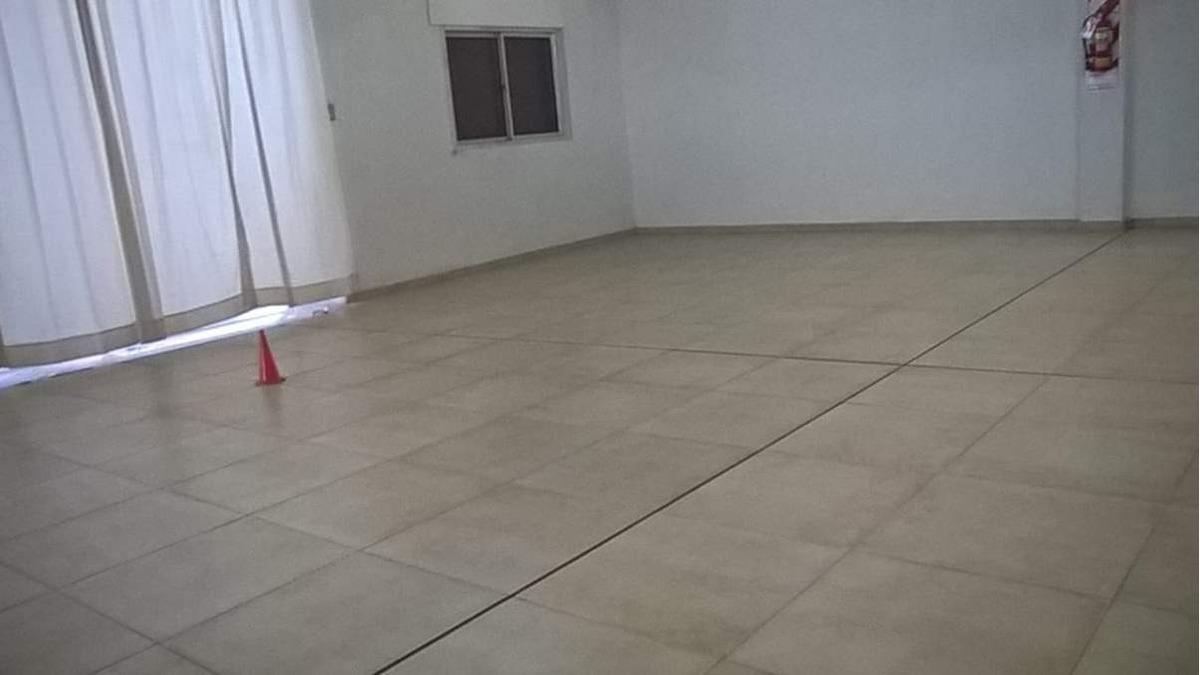 alquiler general bustos calle juez barraco mármol 1129  de 425mts2