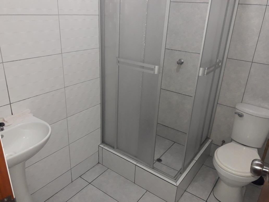 alquiler habitaciones con baño y sin baño