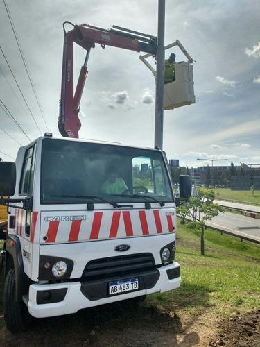alquiler hidrogrua grua sobre camión c/barquilla 15 m altura