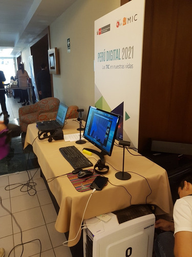 alquiler htc vive, oculust rift, pantallas tactiles