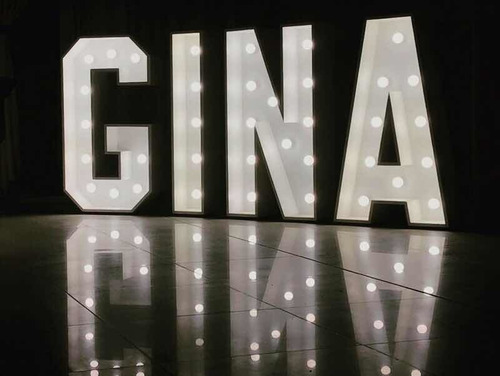 alquiler letras corporeas gigantes luminosas led 3d