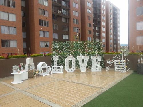 alquiler letras gigantes love luminosas para boda