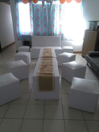 alquiler living 10pers.sillón + 8 pufff + 2 mesas ratonas