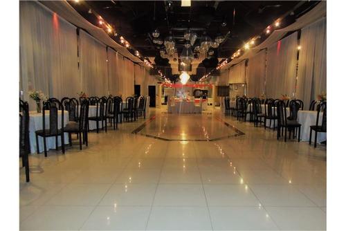alquiler local 384m2  salon fiesta isidro casanova