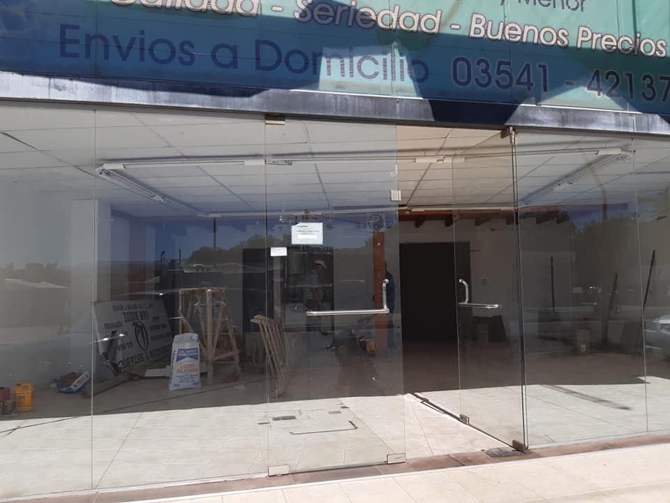 alquiler local comercial av carcano 2600 villa carlos paz.