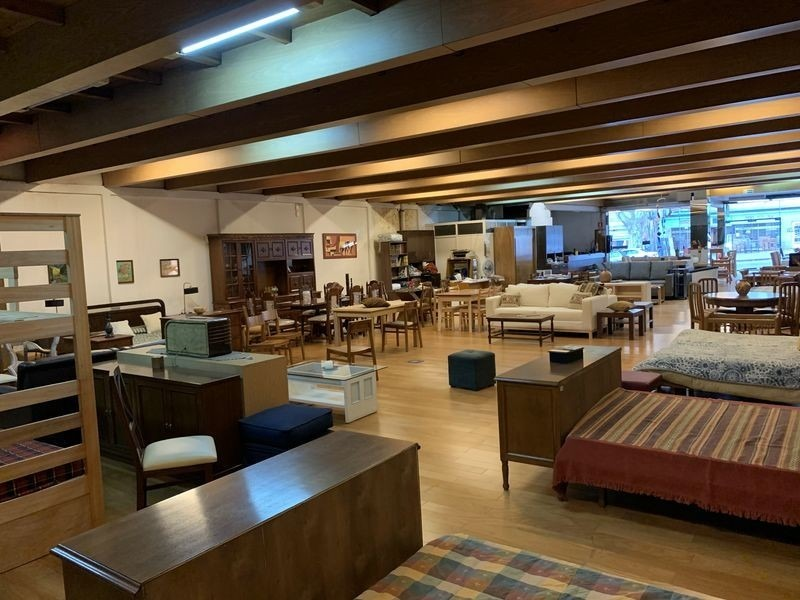 alquiler local comerical, gral flores, 890m2, goes