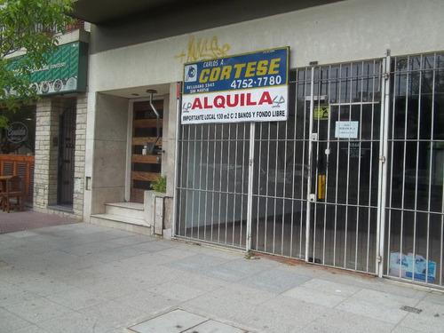 alquiler local con fondo libre