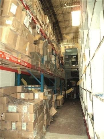 alquiler local deposito av italia tres cruces entrada camion