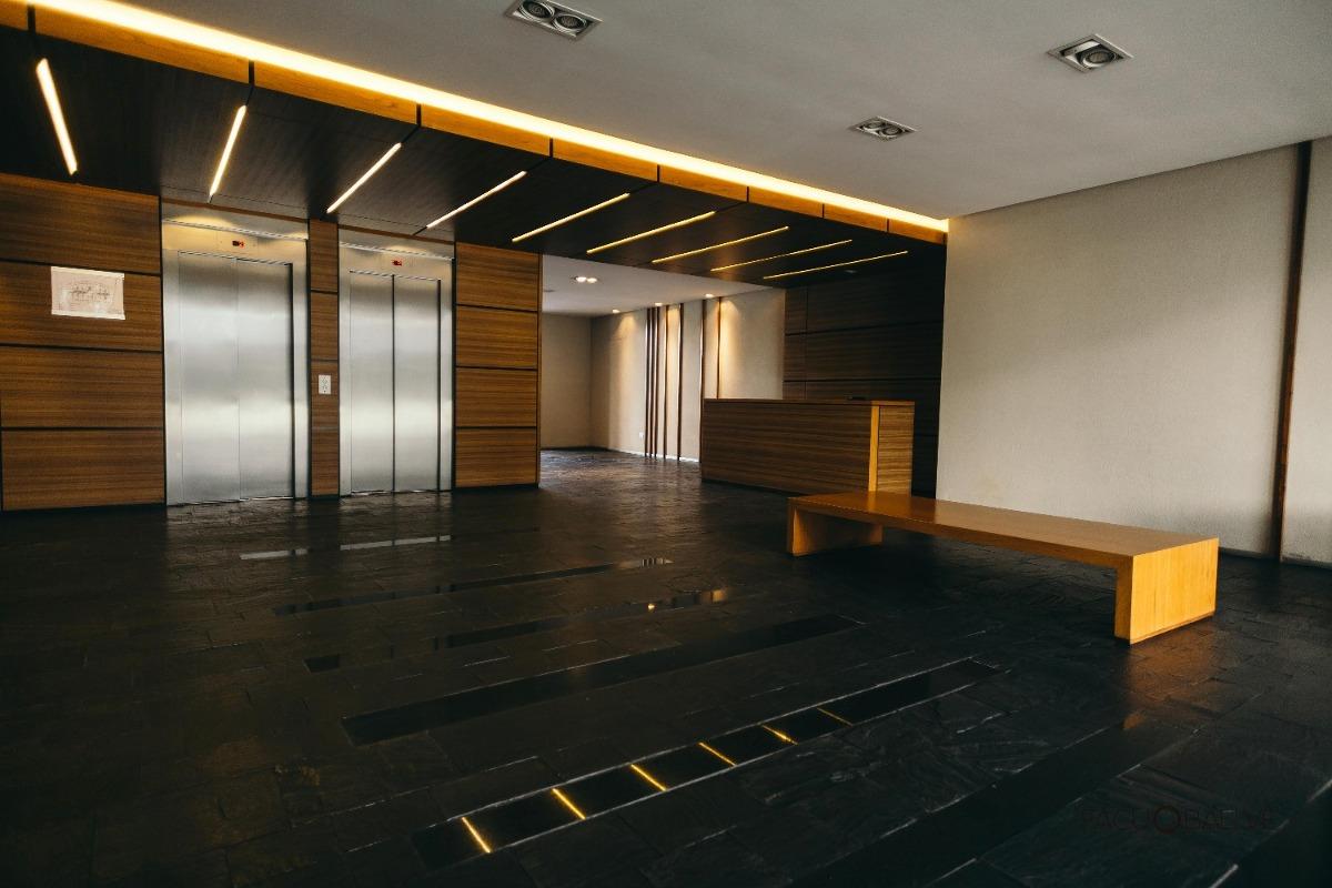 alquiler local en edificio agora iii- pilar