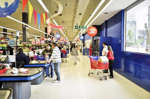 alquiler local o stand galería carrefour paraná (san juan)