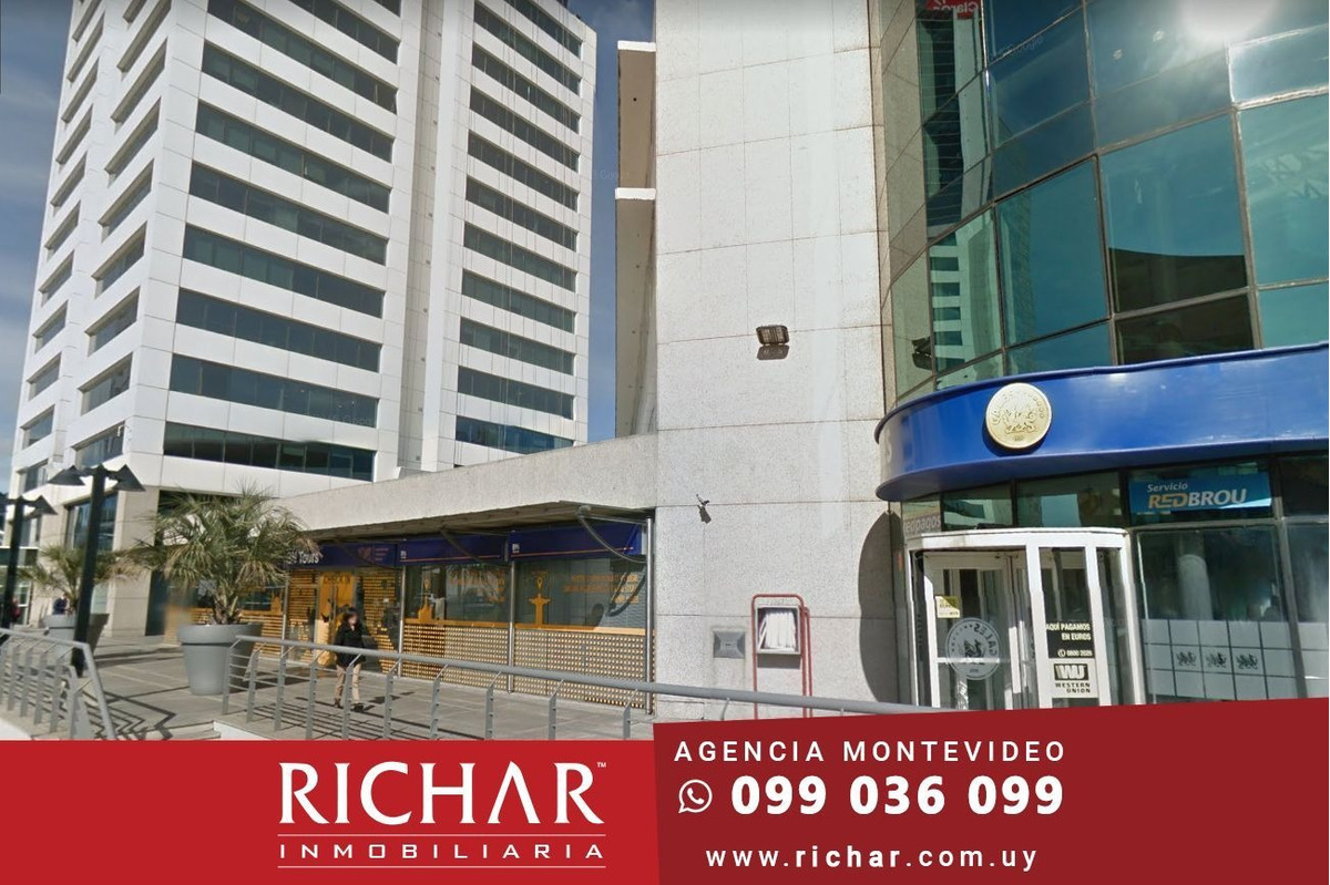 alquiler local world trade center 95 m2 importante esquina