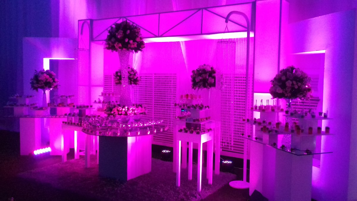 Alquiler luces led para decorar salones stands bodas for Luces para salon