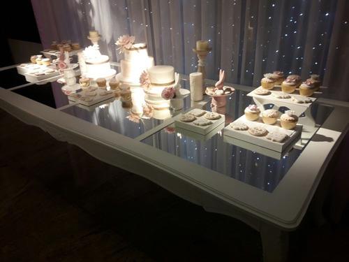 alquiler mesa espejada y candy