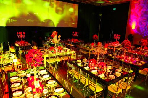alquiler mesas espejadas & sillas tiffany & candelabros