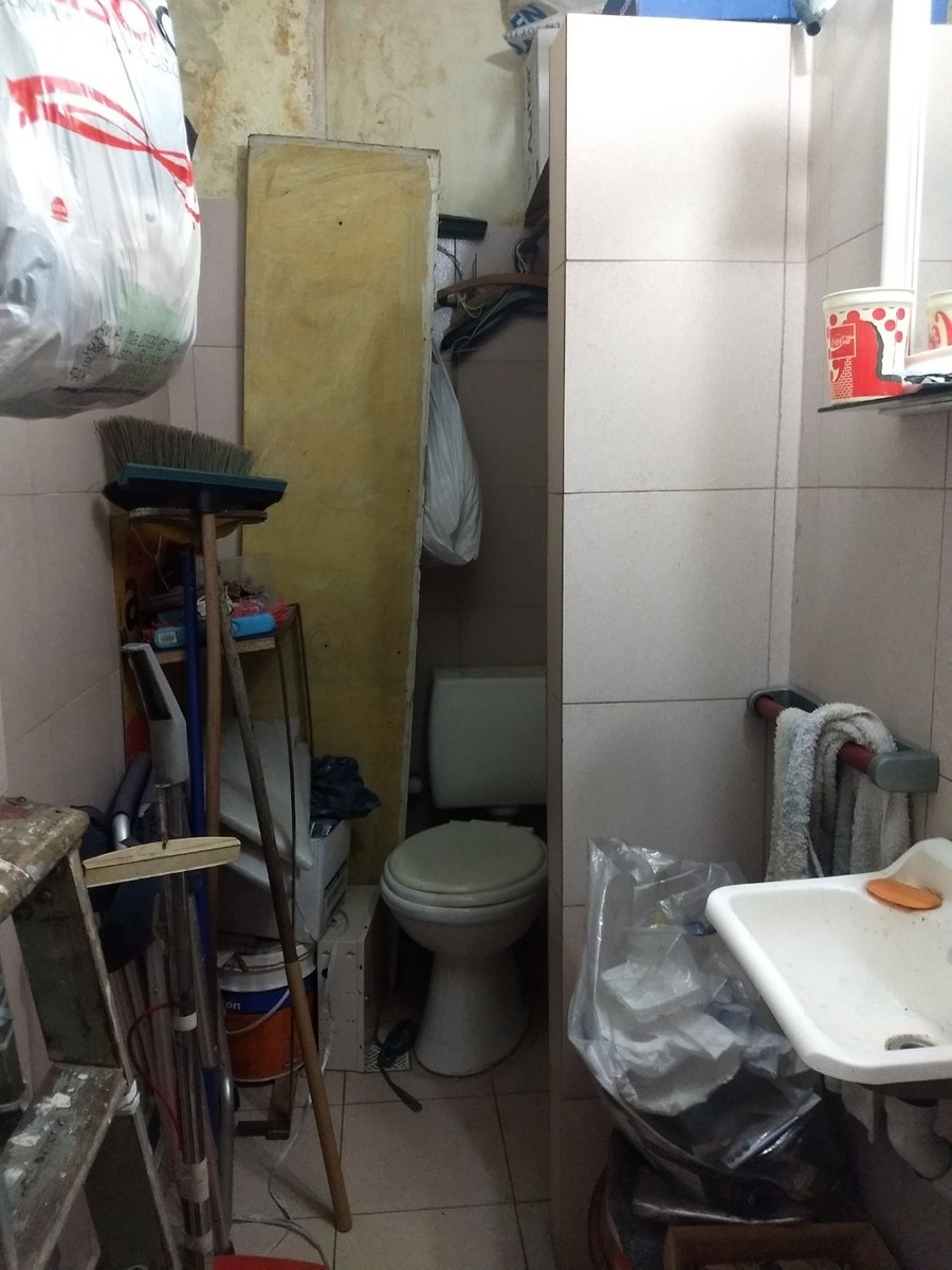 alquiler  moron local 30 m2 c/baño- solo apto profesional