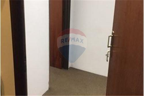alquiler ofic 32 m2 h.yrigoyen 1300 precio paquete