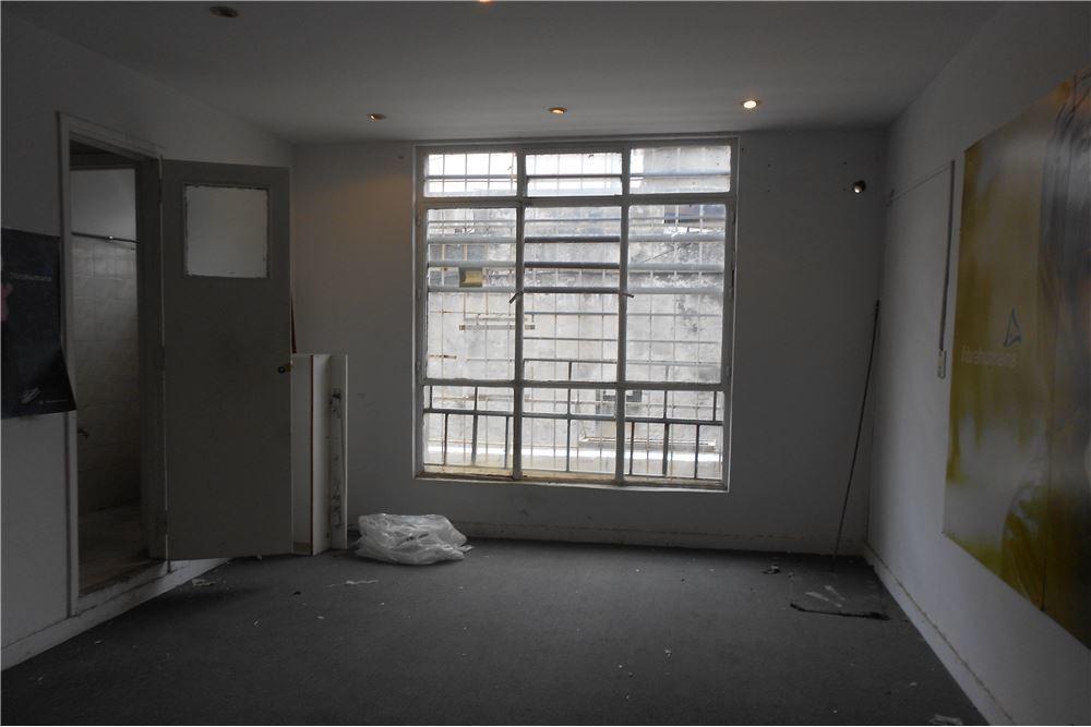 alquiler oficina balvanera 124 m2.