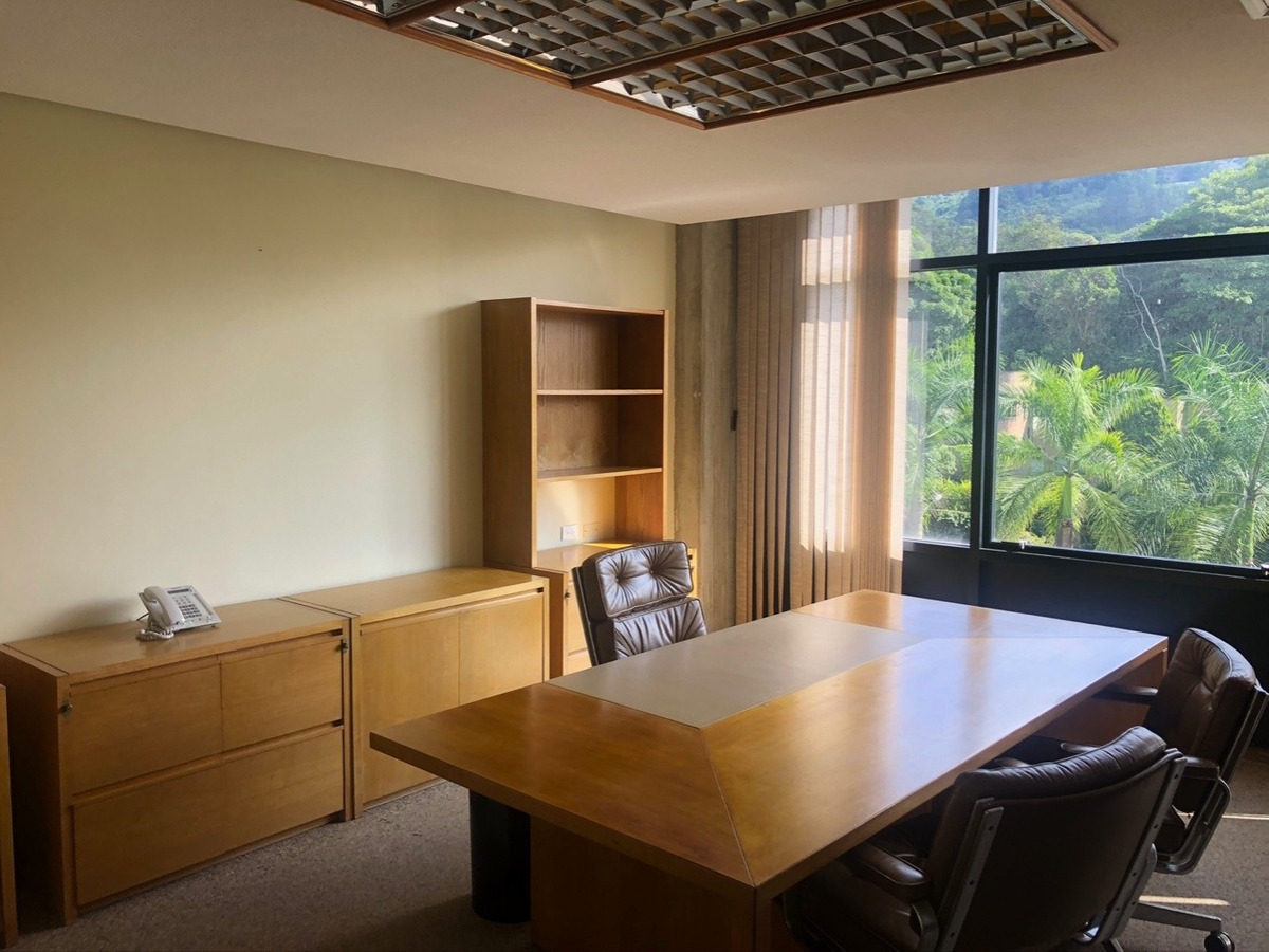 alquiler oficina centro empresarial la lagunita