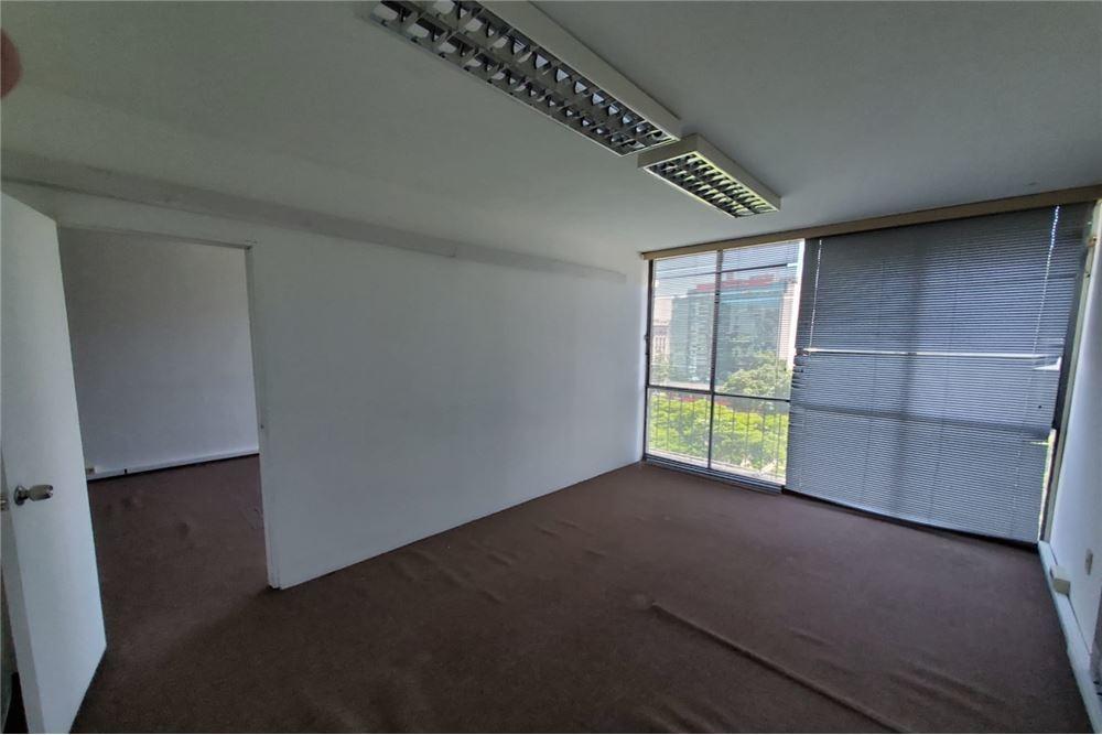 alquiler oficina centro. piso alto. oportunidad!!!