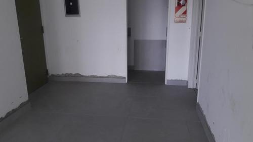alquiler: oficina de 110m2 en edificio corporativo   cochera