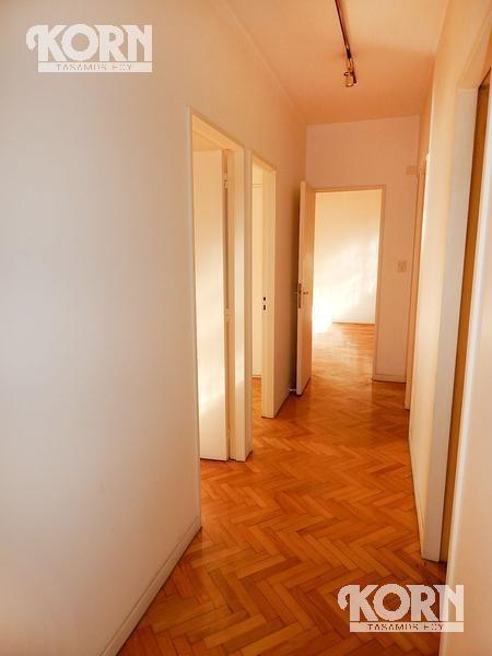 alquiler oficina de 5 ambientes con dependencia en barrio norte