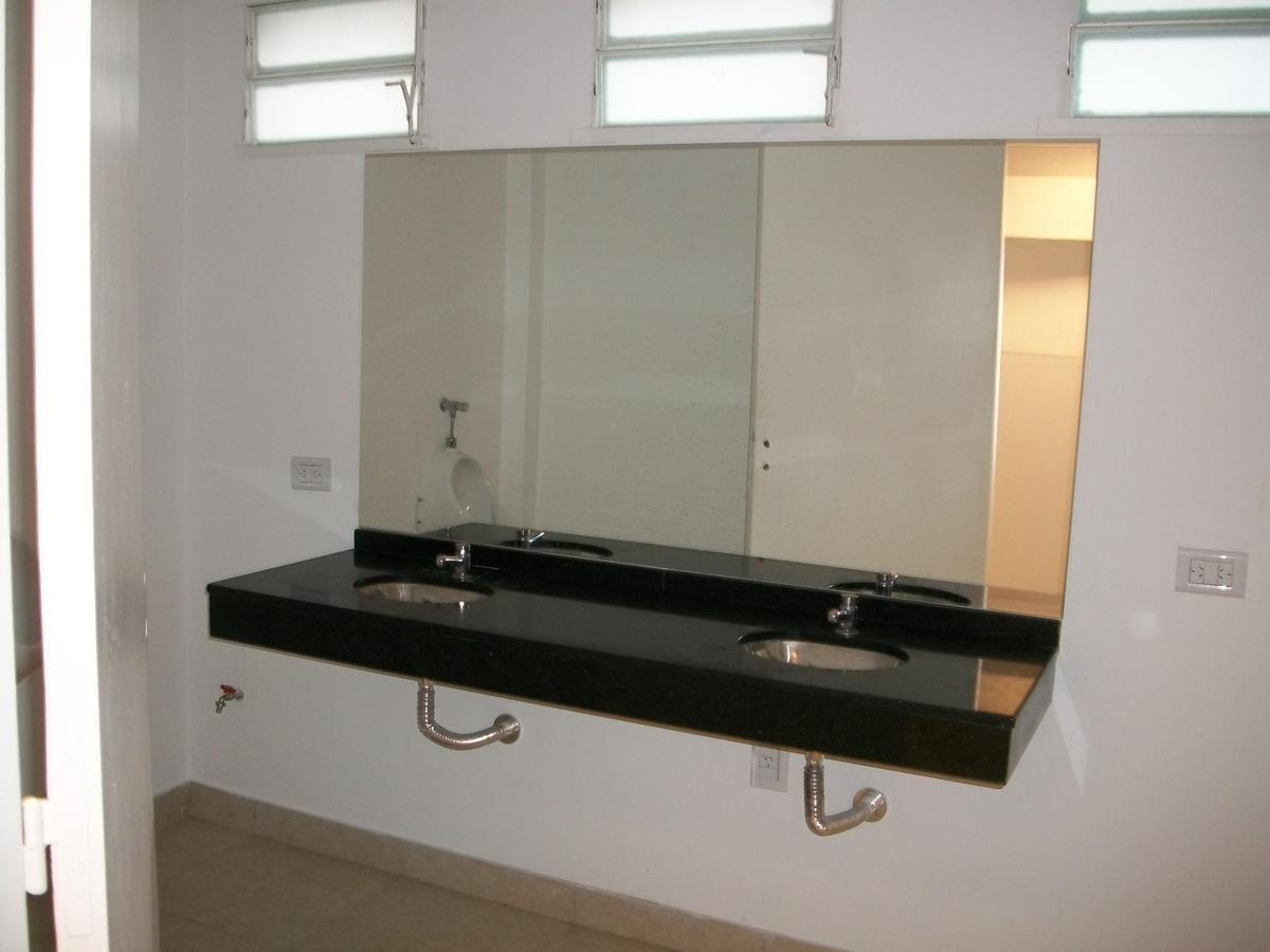 alquiler oficina de 50 m2 en microcentro