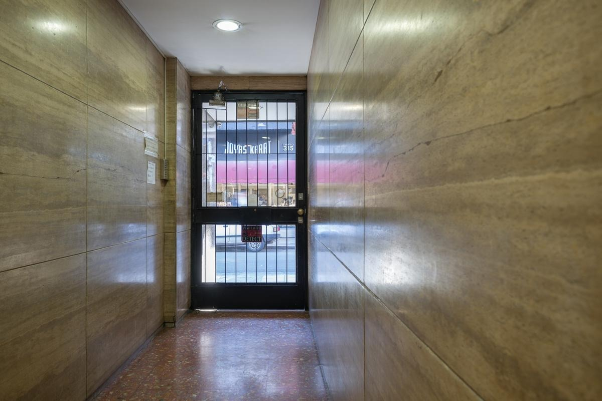 alquiler oficina de 65 m2 en tribunales