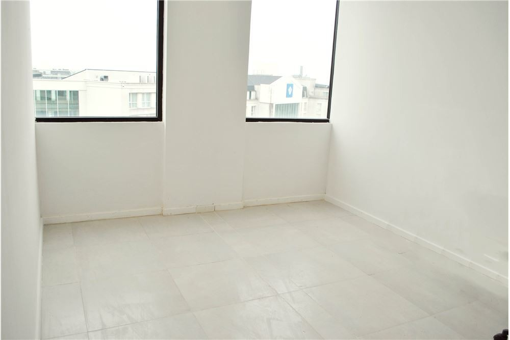 alquiler oficina de categoría a estrenar 80 m2