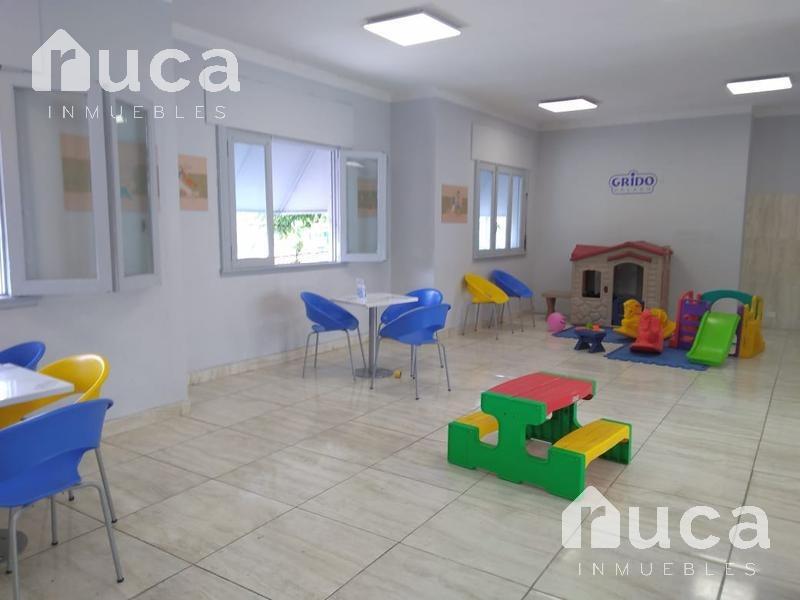 alquiler oficina en primer piso 150 m2, centro de san isidro