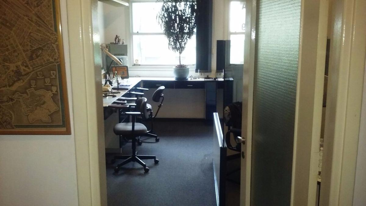 alquiler oficina muebles