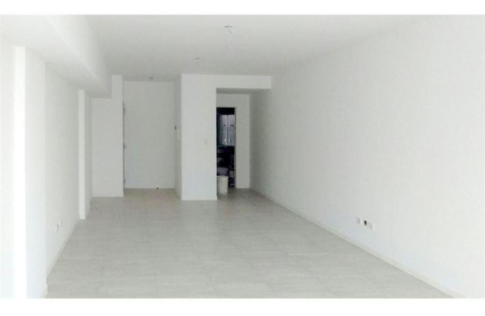 alquiler oficina piso 11 frente, excelente calidad