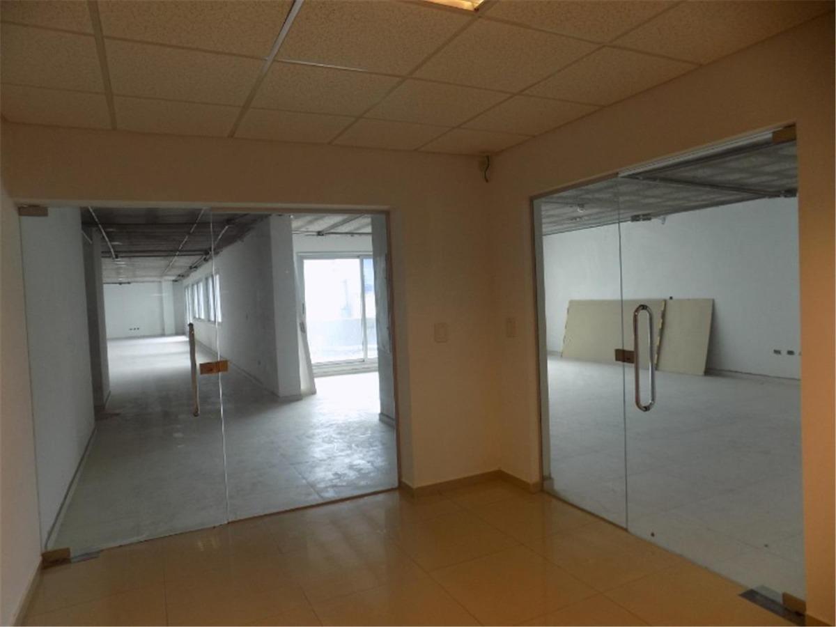 alquiler oficina planta libre 75mtrs.2 + trza en centro