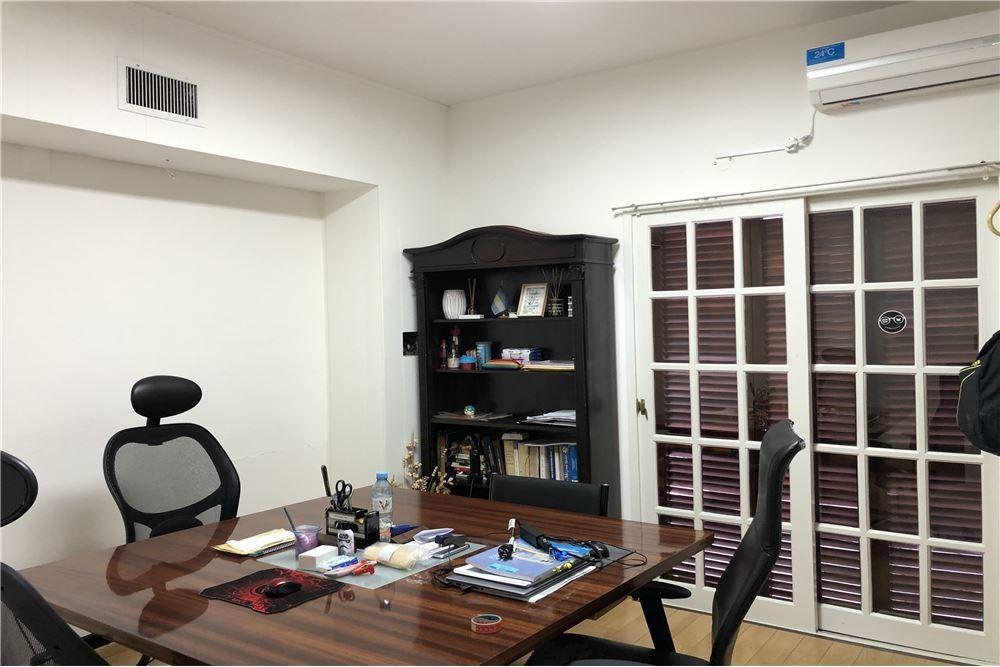 alquiler oficina primer piso entrada independiente