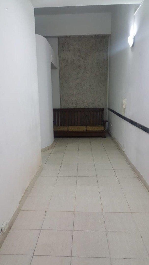 alquiler oficinas 5 ambientes al frente