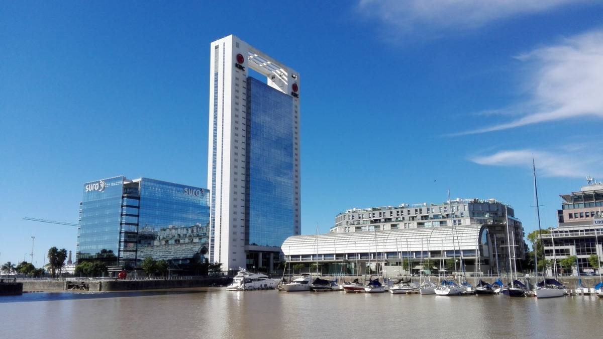 alquiler oficinas | madero office, c. grierson 355 | 2456 m²