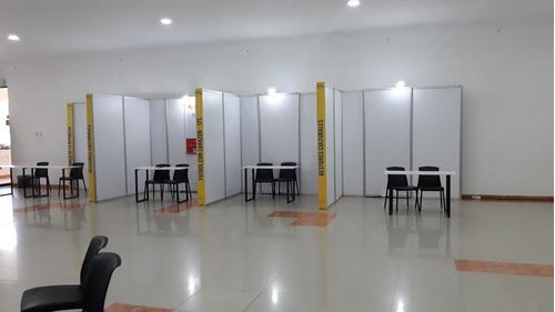 alquiler paneleria para stands, camerinos, divisiones