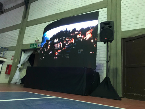 alquiler pantallas gigantes led computadoras