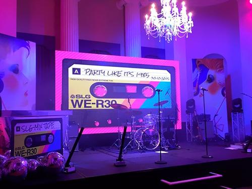 alquiler pantallas led sonido fiestas exposiciones eventos