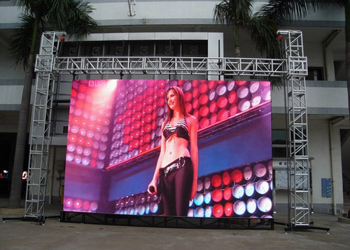alquiler pantallas tv plasmas, pantallas led, tarimas, luces