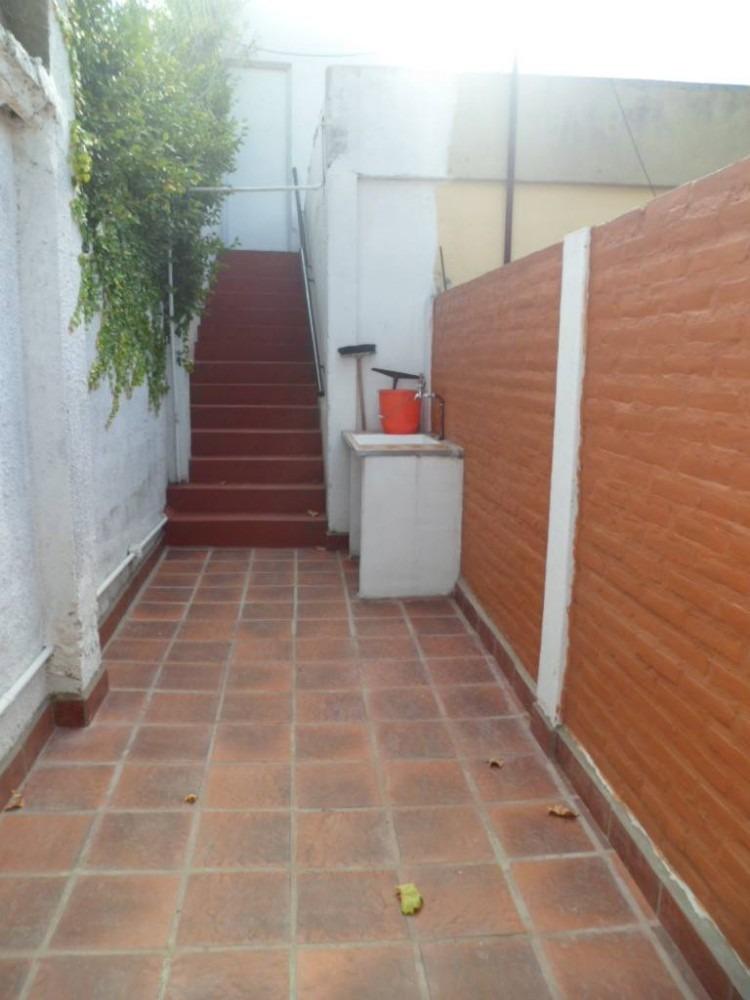 alquiler ph 2 ambientes con patio