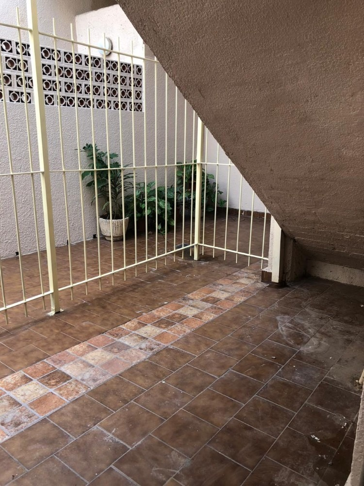 alquiler p.h. 2 ambientes patio apto uso profesional florida