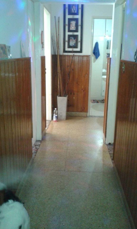 alquiler - ph 3 ambientes en lomas del mirador. (a241)