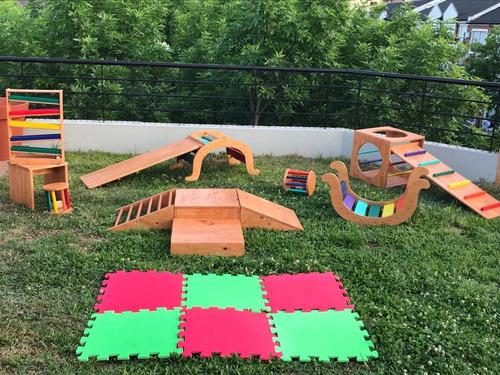 alquiler plazas de juegos de madera.estilo pikler montessori