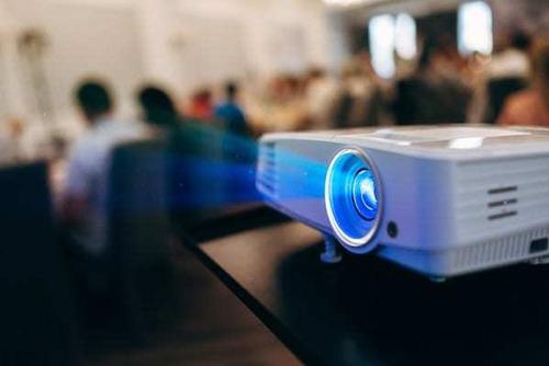 alquiler proyector $1500 con medidas de higiene sanitaria