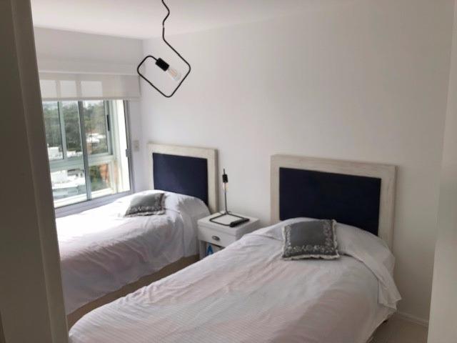 alquiler punta del este - lincoln center 3 dormitorios.
