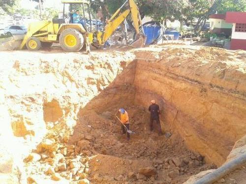 alquiler retro excavador