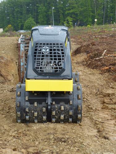 alquiler rodillo compactador doble pata de cabra 1.600 kgs
