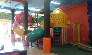 alquiler salón de fiestas infantiles la aldea encantada